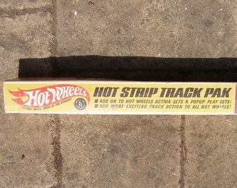 Vintage hot wheels track