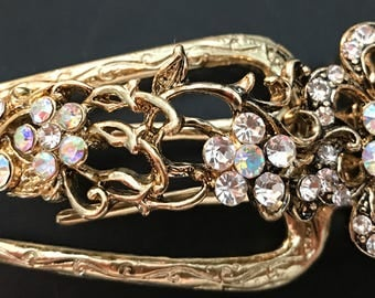 New Art Deco Antique Gold With With Clear Iridescent Floral Crystal Aligator 4 1/2'' Clip