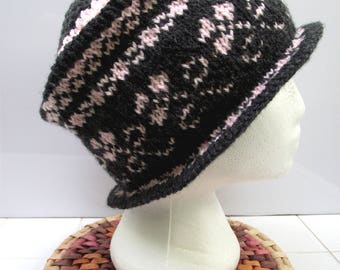 Beanie Hat style English, gray and pink jacquard, geometric and stylized flower T M/L