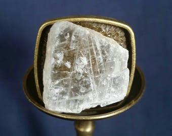 Crystal Meditation Ring // LARGE Selenite Stone //  Raw Selenite Crystal Ring // Unisex Ring // Gift for Him // White Selenite Healing Ring
