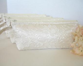 Set of 8 - Ivory Satin Clutch- Ivory Lace Clutch - Ivory Wedding Clutch - Ivory Wristlet - Ivory Bridesmaid Clutch - Ivory Bridal Clutch