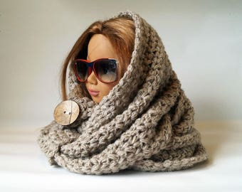 Chunky Beige Crochet Cowl, Chunky Snood, Chunky Infinity Scarf, Warm and Comfy Scarf, Cozy Scarf, Crochet Scarf, Crochet Snood, Crochet Cowl