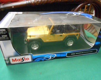 NEW- Jeep Wrangler Rubicon Diecast Model