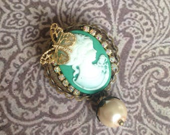 White and green lady brooch gold butterfly and Pearl