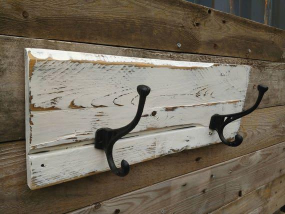 rustic pallet master bathroom towel rack reclaimed wood coat. Black Bedroom Furniture Sets. Home Design Ideas