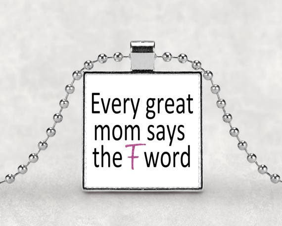 Great mom pendant necklace