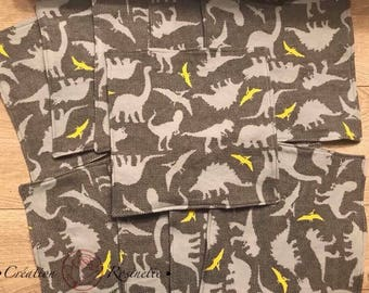 Set of 10 large washcloth dinosaurs