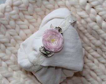 Newborn 3 Pc Prop Set Peony with Peachy Cream Blanket
