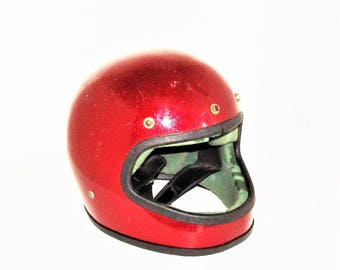 1970s Helmet Motorcycle Full Faced Helmet Red Metalic Flake Finish Very Nice Inside