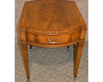 Vintage Heritage Henredon Inlaid Mahogany Accent Table W/Brass Castors