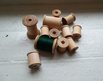 Lot of Wooden Spools; 12 Wooden Spools; Sewing Thread Spools; Vintage Spools; Old Thread Spools; Set of Twelve; Ready to Ship