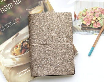B6 Traveler's Notebook Cover in Modern Taupe Glitter, Quad Binding for Mulitple B6 Inserts, B6 Planner Cover w/ Reversible Metallic Lining.