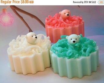 On Sale Bear Soap - Polar Bear Soap - Polar Bear Toys - Christmas Soap - Holiday Soap - Confetti Soap - Stocking Stuffers - Kids Soap - Nove