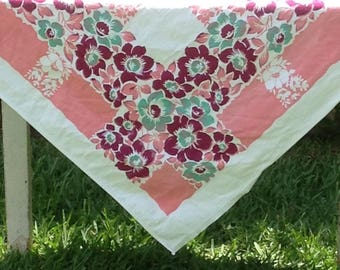 Vintage 50s FLORAL TABLECLOTH Cutter Mid Century Shabby Prairie cottage Farmhouse Chic