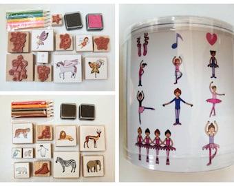Kit tampons Artemio Thème Danse Fées ou Animaux avec 11 tampons 5 crayons couleurs et 2 encreurs