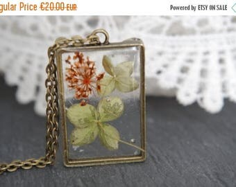Sale Flower necklace Real flower necklace Resin jewelry Dried heather necklace Pressed flower pendants Botanical necklace Unique Gift for he