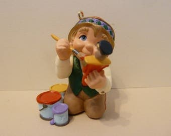 """Hallmark Christmas Ornament, The  """"Artic Artist"""" Elf, Painting a Toy Soldier"""