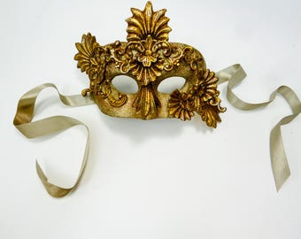 AUTHENTIC 'KATHERINE'S COLLECTION' Masquerade Mask Mardi Gras Antique Gold