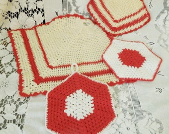 Crochet Pot Holders Red White Primary Colored - Vintage  Kitschy Kitchen Vintage Decor - Instant Collection 4 Pieces