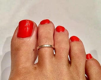 Double Toe Ring  Silver Plated  / Sterling Silver Gold Plated / 14K Gold Filled