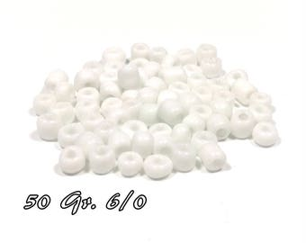 50gr of large 6/0 seed beads 4 mm white