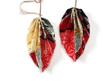 Boucles d'oreilles pendantes en origami feuilles, magnifique papier japonais rouge à motifs