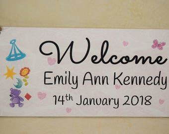 A01 NEW Personalised Baby Girl Plaque Gift Sign