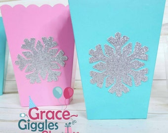10 Glitter Snowflake Favor Boxes, Winter Onderland Boxes
