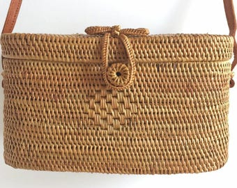 Bucket woven basket bag, boheme shoulder bag, bucket ata woven bag