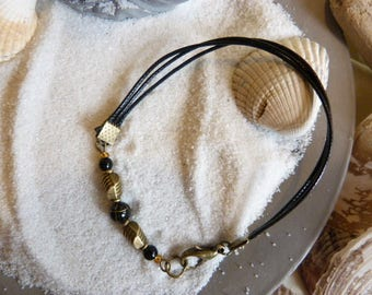 """Crystal healing bracelet, ethnic style consists of semi precious """"black stones"""" and Chinese lacquered bead"""