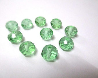 10 faceted light green glass 6x8mm rondelle beads