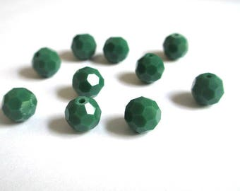 10 beads round faceted 8mm dark green Crystal