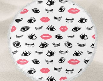 Makeup addict over-sized round beach towel