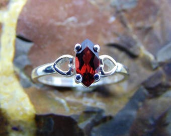 Marquise ruby red garnet heart ring solid gold or silver 925 pyrope garnet ring January birthstone solitaire promise love rose gold heart