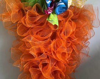 Carrott Deco Mesh Wreath