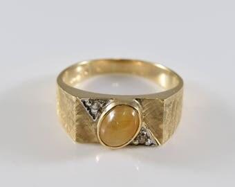 Vintage Pale Tigers Eye 10K Gold Ring Size 9 1/2
