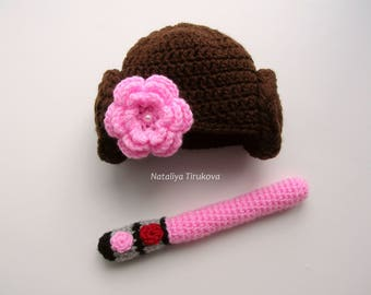 Princess leia hat and lightsaber/Crochet Princess Leia Hat/Star Wars hat/Crochet Princess Leia/Starwars Baby Girl/Star Wars/Halloween Hat