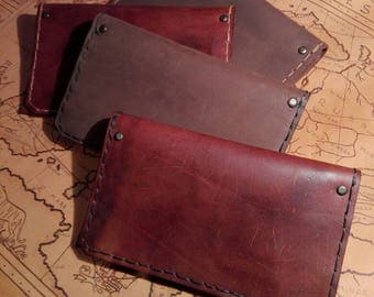 Leather tobacco pipe pouch light brown w/dark thread and pockets.