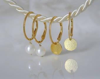 Oval Creole with Akoyaperlen or gold plate coins oval Creole with Akoya pearls or gold coins gold platelets