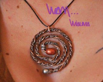 fancy spiral necklace