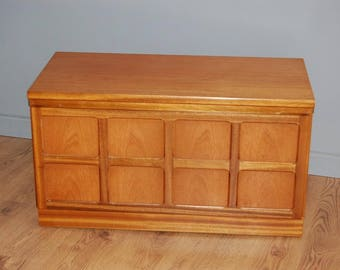 Quality! Retro Nathan Original TV Stand Media Storage Cabinet
