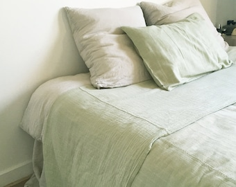 junior or adult flat sheet made of organic cotton