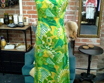 1960's Hawaiian Maxi Dress
