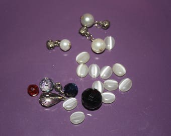 MUDDLE OF BEADS IN ALL KINDS OF ALL STYLES TO CREATE