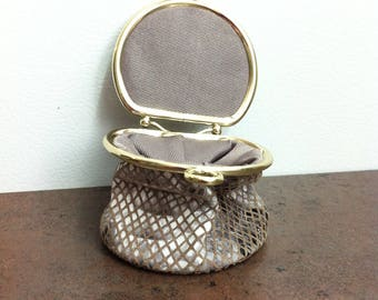 Vintage Coin Purse - Black Gray White Leather - Change Purse with Kiss Closer - Gold Tone Hardware -Collapsible Coin Purse