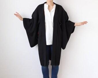 Black kimono top, Haori, Japanese kimono jacket, cardigan kimono, black jacket, womans jacket, Kimono, silk kimono robe /1961