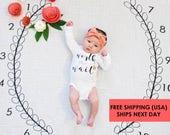 Baby Milestone Blanket ™ Wreath MONTHS /swaddle blanket/anniversary blanket /age blanket /growth blanket / newborn photo prop / baby