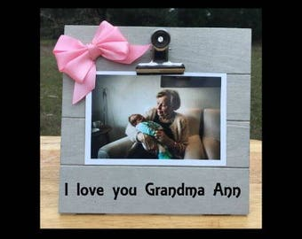 I love you grandma - New Baby Birth Announcement - Pregnancy Anouncement Frame - Family Gift - Picture/Photo Clip Frame - Personalized frame