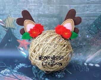 Reindeer antlers hair clips.