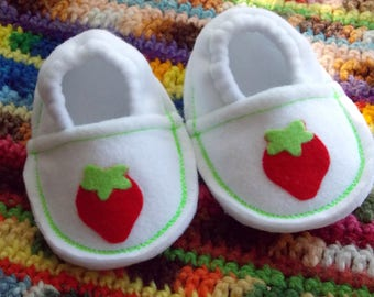Strawberry garden print baby shoes, baby slippers, infant booties, soft sole crib shoes, pre-walkers, no-slip grip soles, childrens girls